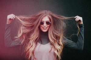 Zdrowe i silne włosy bez parabenów, silikonów i siarczanów